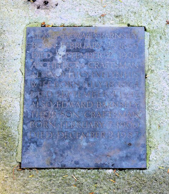 The tomb of Sidney Barnsley, Sapperton