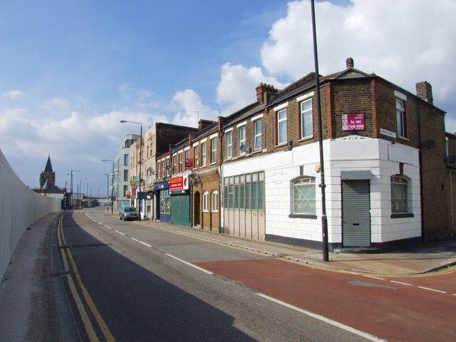 Connaught Road, Silvertown