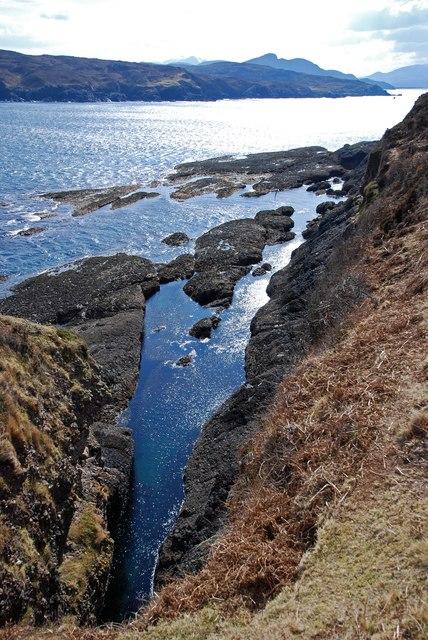 Geo south of Mol na Coinnle, Eilean nan Ron