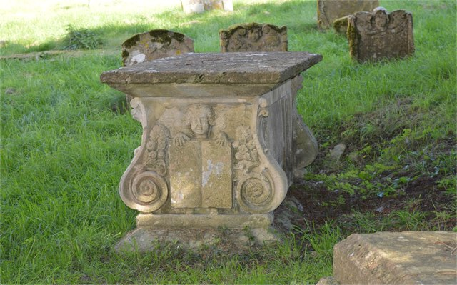 Table tomb, Sapperton