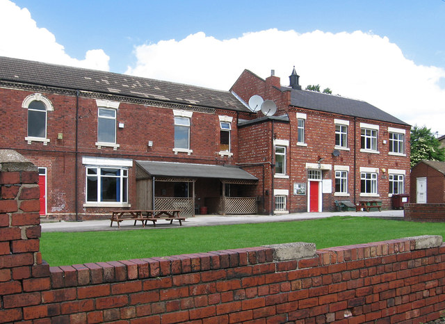 South Elmsall - United Services Club