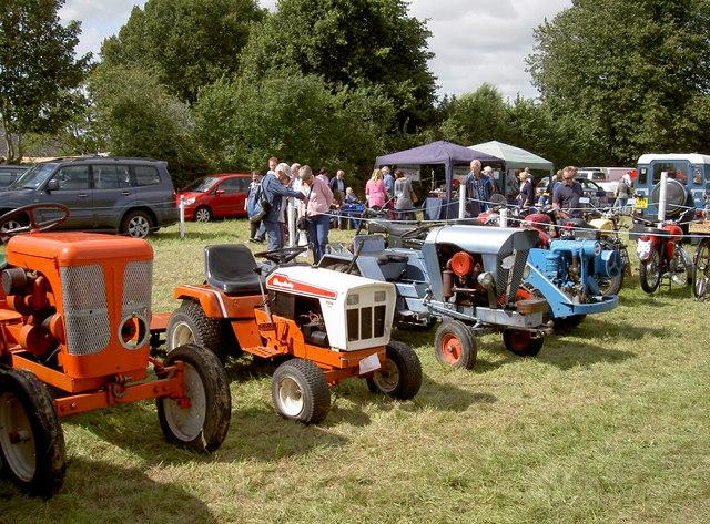 Shrunken tractors