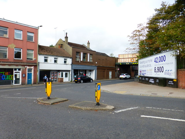 Junction of Redan Road and the A323