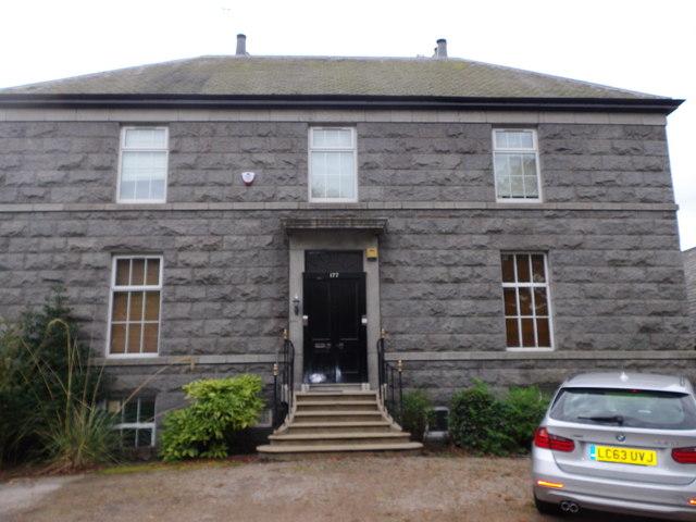 A fine granite town house in Aberdeen