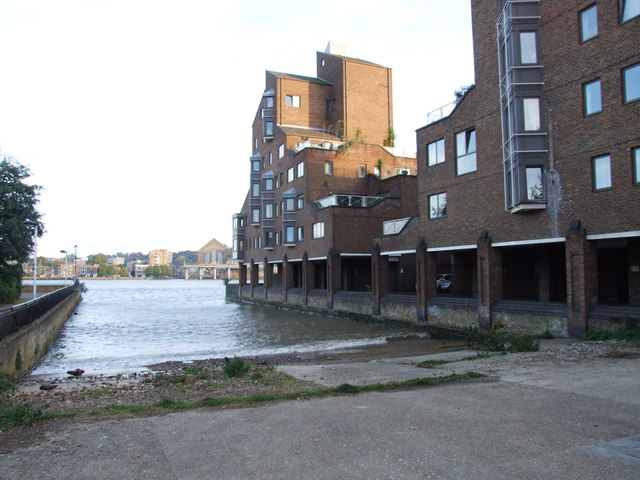Newcastle Draw Dock, Cubitt Town
