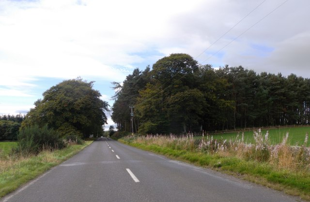 Heading west on B9119 towards South Monecht Croft