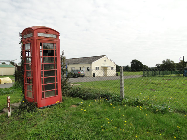 Sutton Memorial Hall and 'phone box