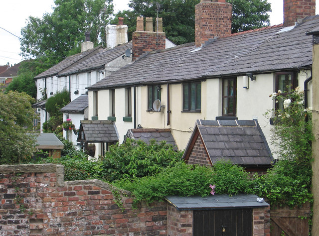 Burscough - cottages to west of canal junction