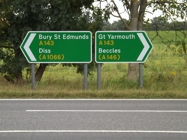 Roadsigns on the A143 Old Railway Road