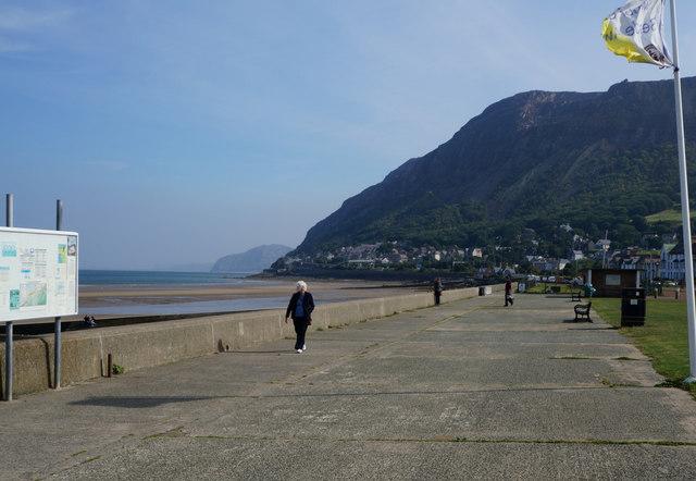 The promenade, Llanfairfechan