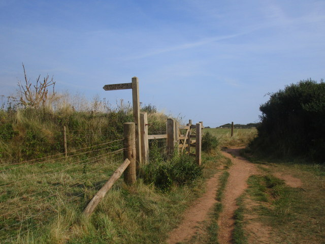 Beginning of permissive path to Gore Lane
