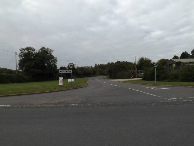 Entering Wortwell on High Road