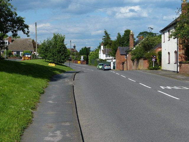 Leicester Road in the village of Shilton