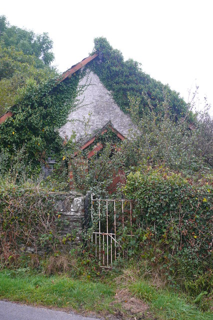 Hen gapel /  Old Chapel