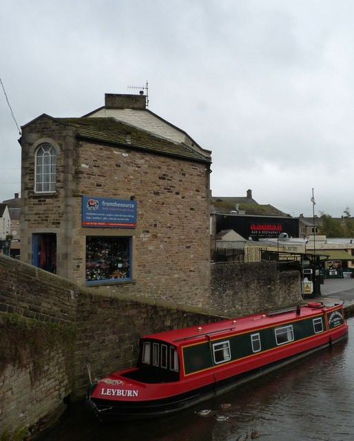 Moored canal boat, Skipton