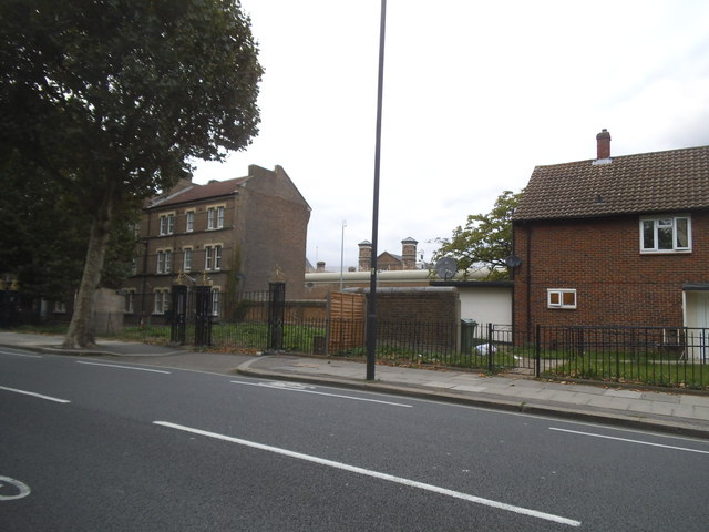 Houses in front of Wormwood Scrubs prison