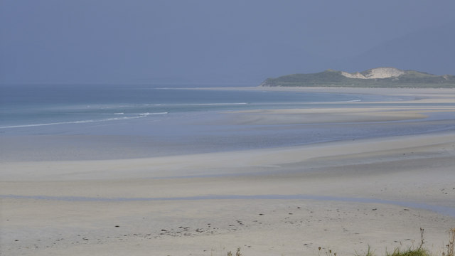 View across Tràigh Sheileboist towards dunes at Bruaichean Losgaintir