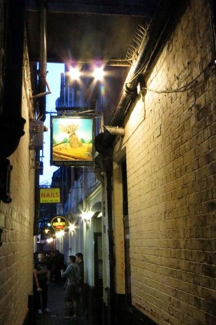 The Wheatsheaf off the High Street