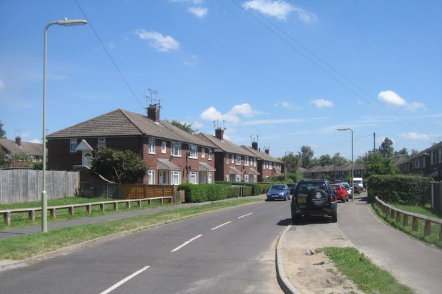 View along Ratcliffe Road