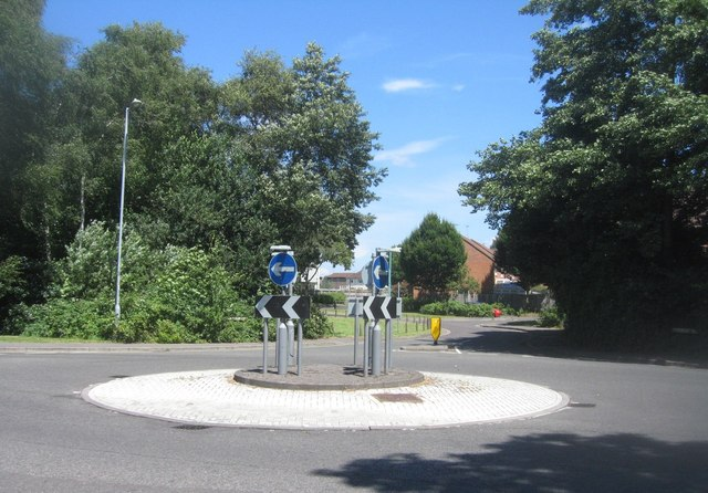 Mini roundabout - Cherrywood Road