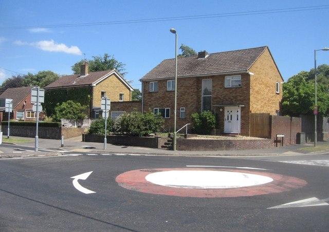 Mini roundabout - Prospect Road