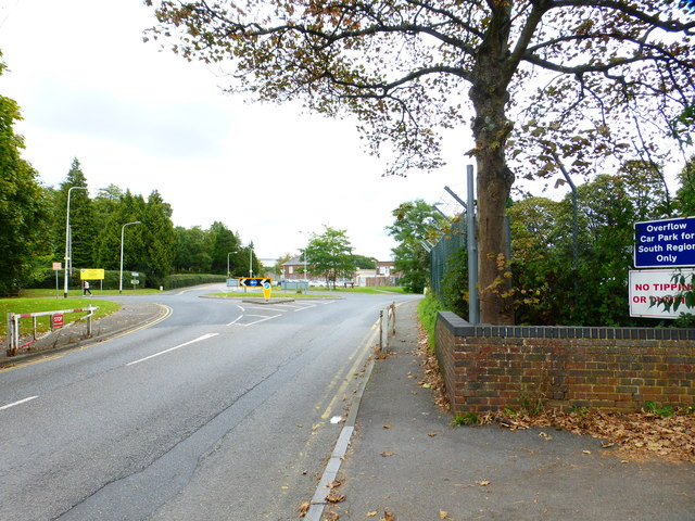 Approaching the roundabout on Ordnance Road