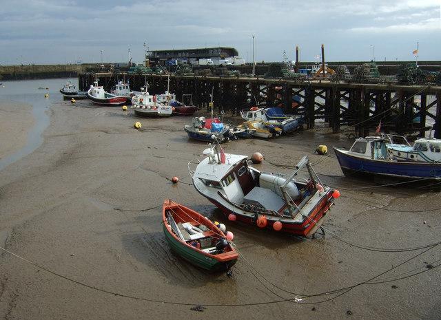 Low tide, Bridlington Harbour