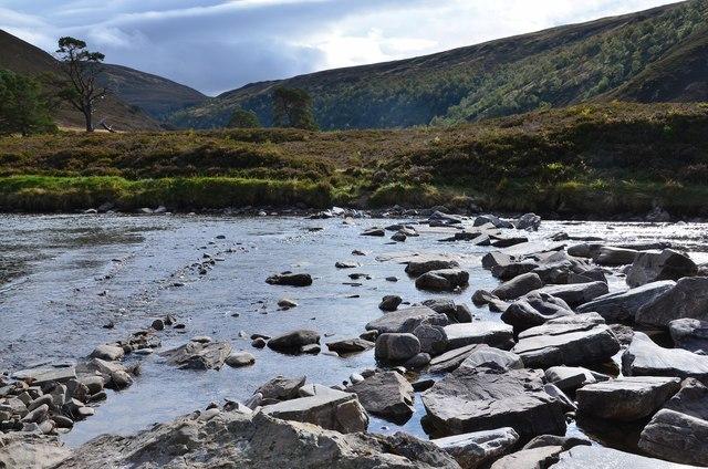 Stepping stones, River Feshie