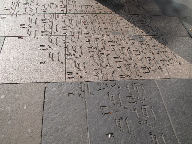 Pavement at Monument Metro station entrance in Blackett Street (2)