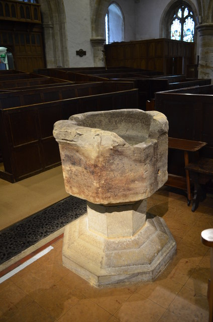 Font, St Denys church, Rotherfield