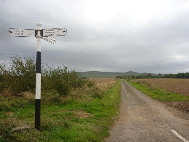 Rural East Lothian : Road Junction West Of Woodhead (Looking South)