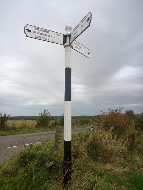 Rural East Lothian : ELCC Fingerpost West Of Woodhead Farm