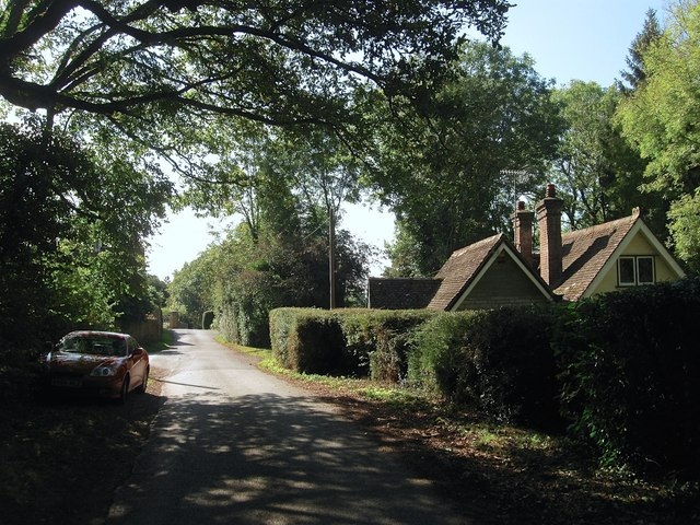East Lodge, Cross Colwood Lane