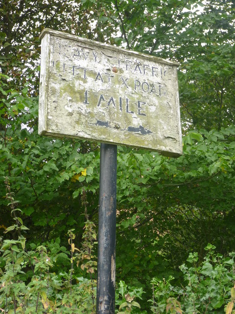 Rural East Lothian : Faded Sign At Skedbush Road-end (North)