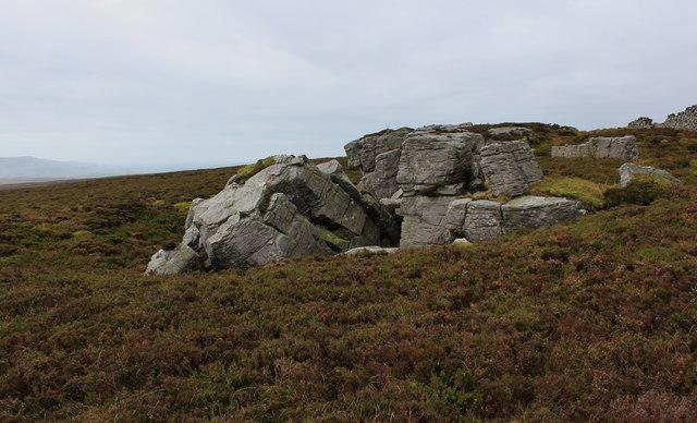 Henstone Band Crag