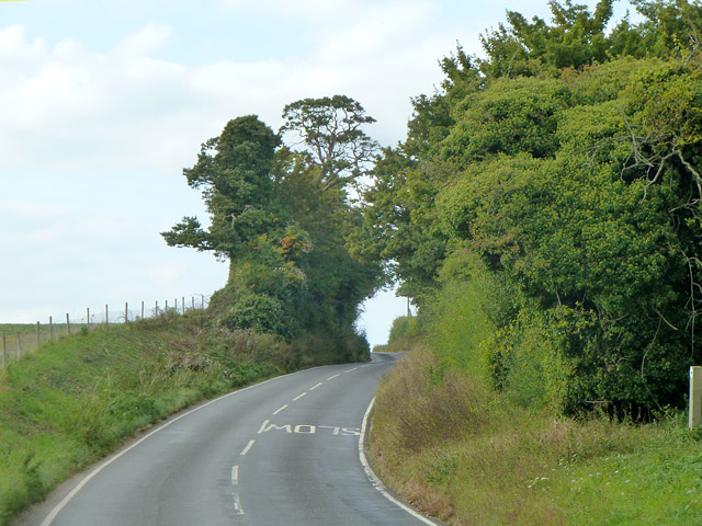 Roos Hill, Debden Road