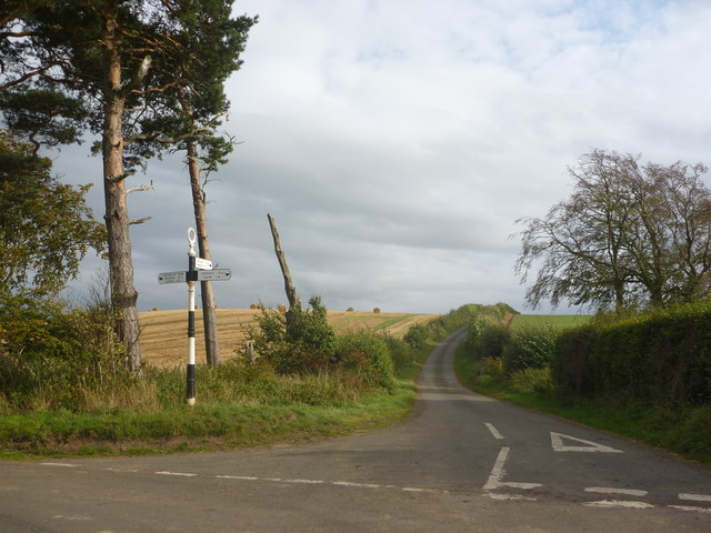 Rural East Lothian : Marvingston Crossroads (Looking SE)