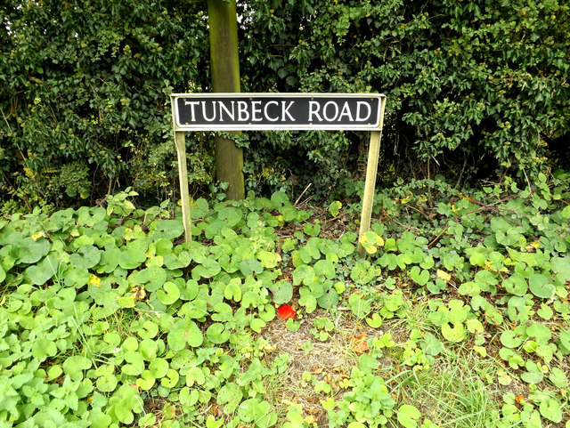 Tunbeck Road sign
