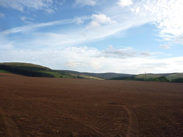 East Lothian Landscape : The View From Quarryford Farm Cottages