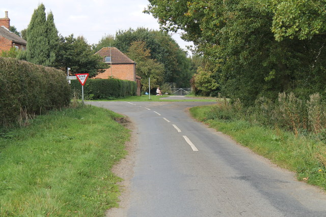 Junction at the end of Pelham Road