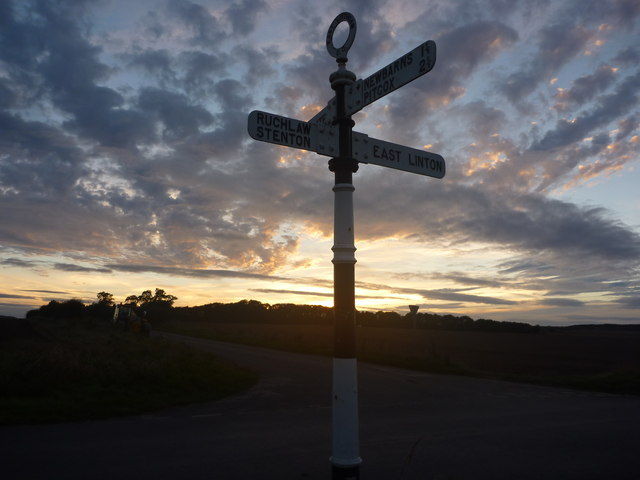 East Lothian County Council Fingerposts : Grangemuir Crossroads