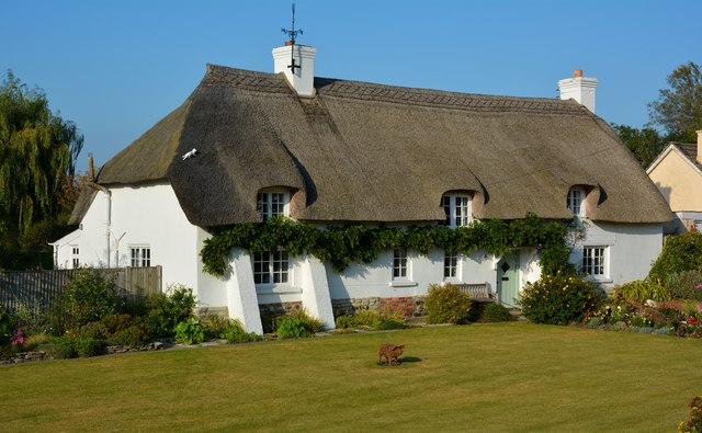 Cruck Cottage, Briantspuddle, Dorset