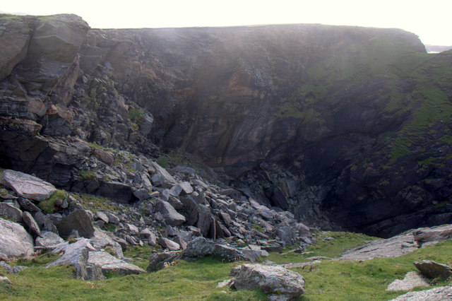 Head of the North Geo of Brough, Flubersgerdie, west of Woodwick