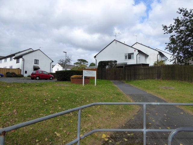Footpath into St Boniface Park