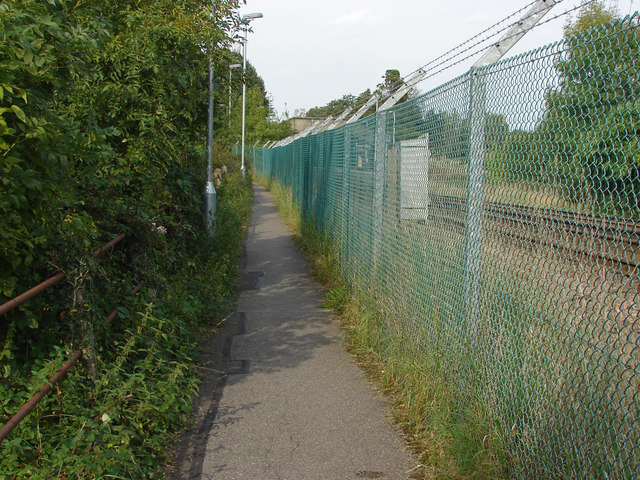 Footpath by the railway lines, Bagshot