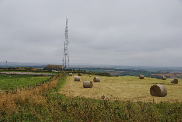 Fields and communications mast on Rockcliff Hill