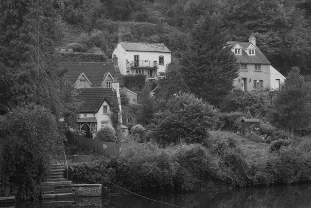 Cottages at Symonds Yat