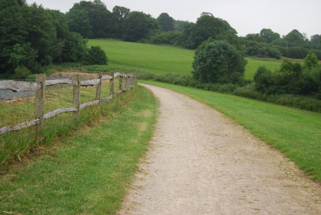 Footpath across the dam, Ardingly Reservoir