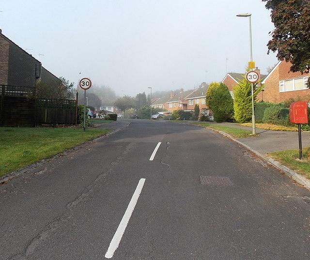 Poynings Crescent, Basingstoke
