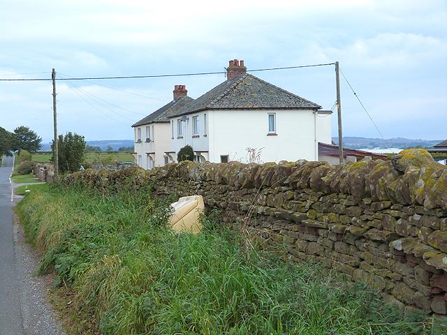 Cottages near Crewgarth Farm